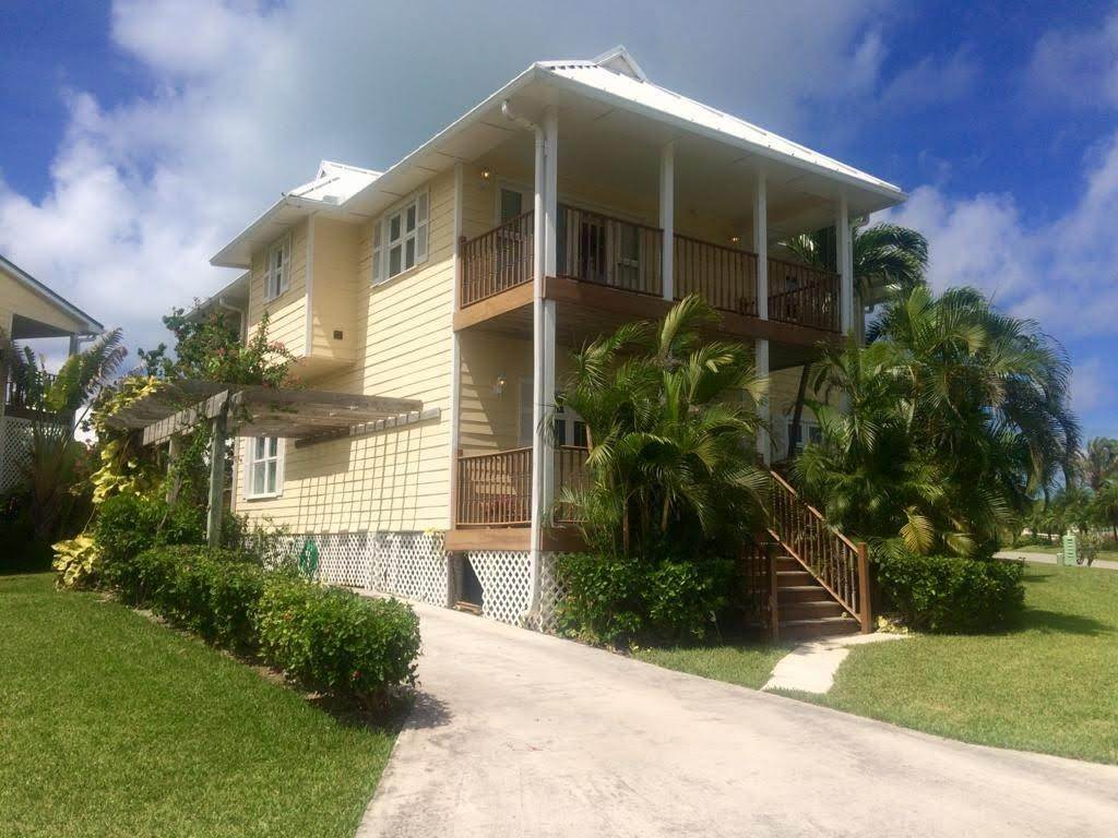 Single Family Homes por un Venta en Fortune Beach, Gran Bahama Freeport, Bahamas