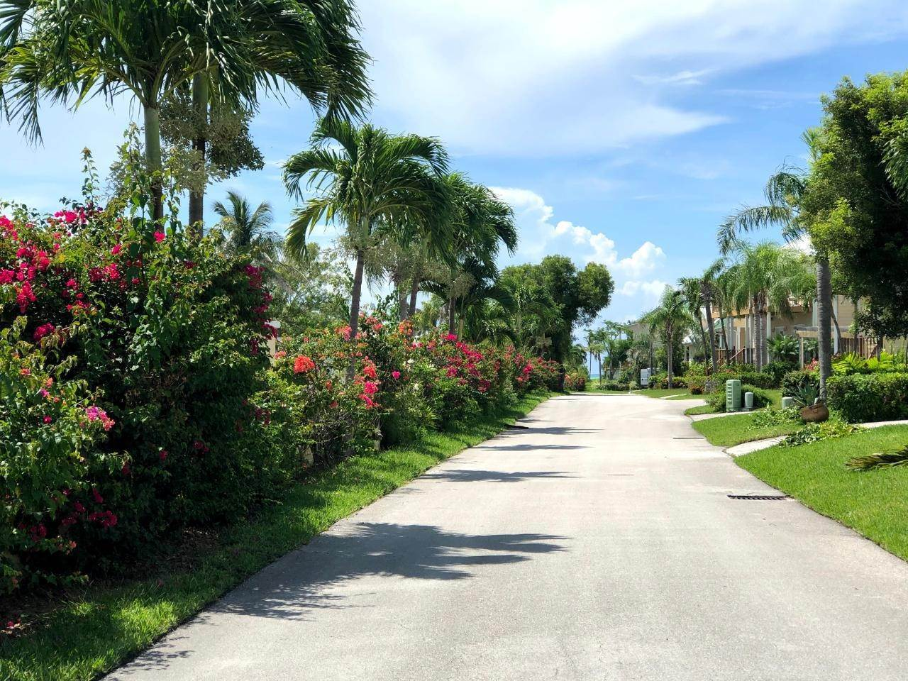 12. Single Family Homes por un Venta en Fortune Beach, Gran Bahama Freeport, Bahamas