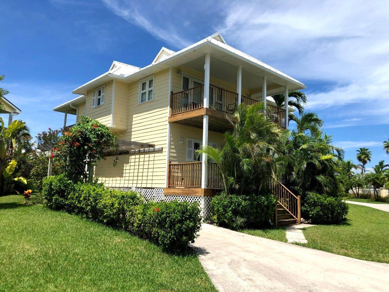 14. Single Family Homes por un Venta en Fortune Beach, Gran Bahama Freeport, Bahamas
