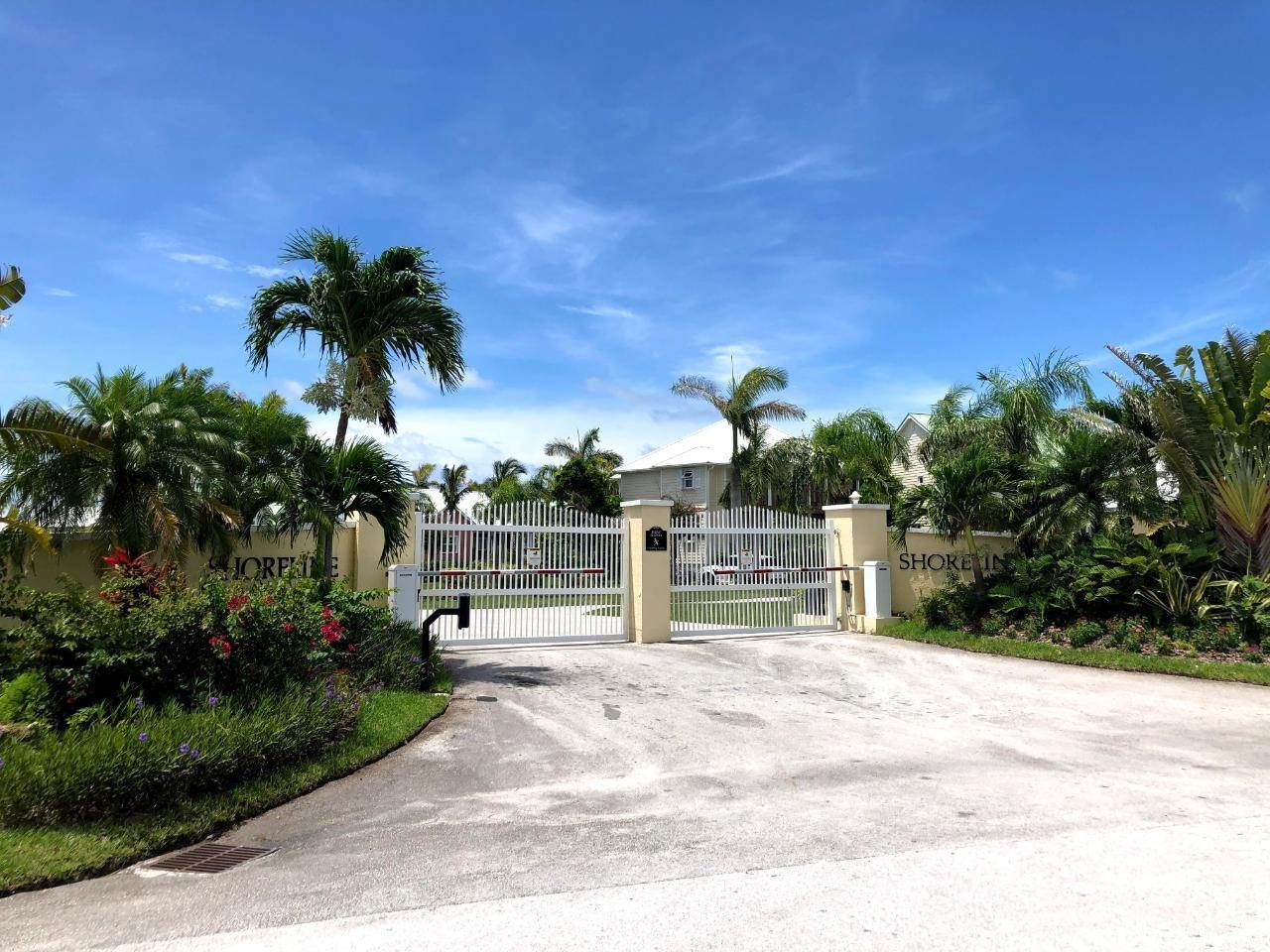 19. Single Family Homes por un Venta en Fortune Beach, Gran Bahama Freeport, Bahamas