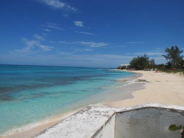 17. Co-op / Condo for Rent at Palms Of Love Beach, Love Beach, Nassau And Paradise Island Bahamas