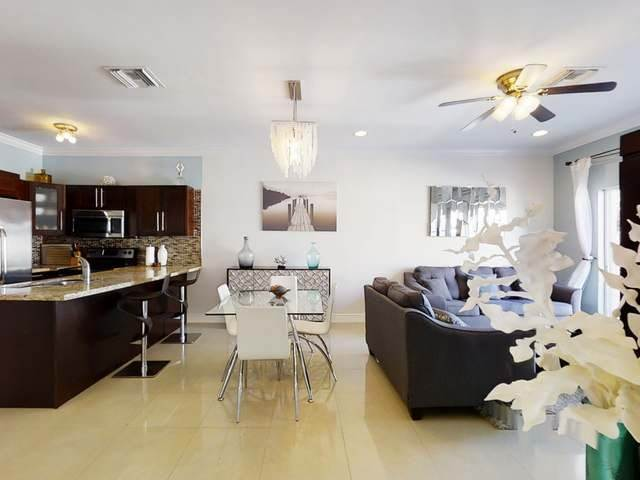 Co-op / Condominio por un Alquiler en Condo for Rent Westridge, Nueva Providencia / Nassau, Bahamas