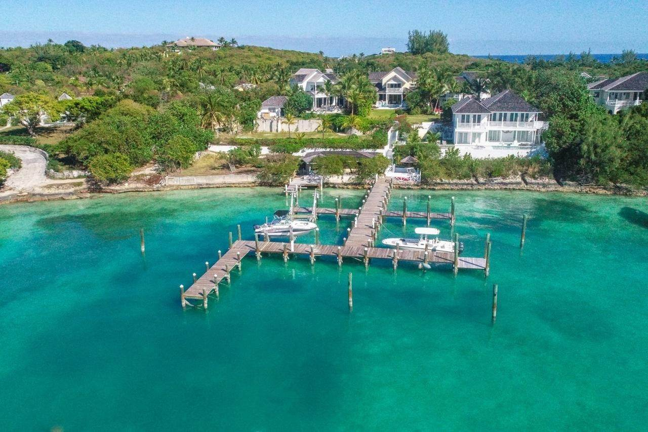 5. Single Family Homes for Sale at Harbour Lights Villa Harbour Island, Eleuthera, Bahamas