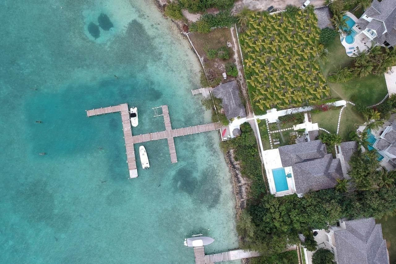 6. Single Family Homes for Sale at Harbour Lights Villa Harbour Island, Eleuthera, Bahamas