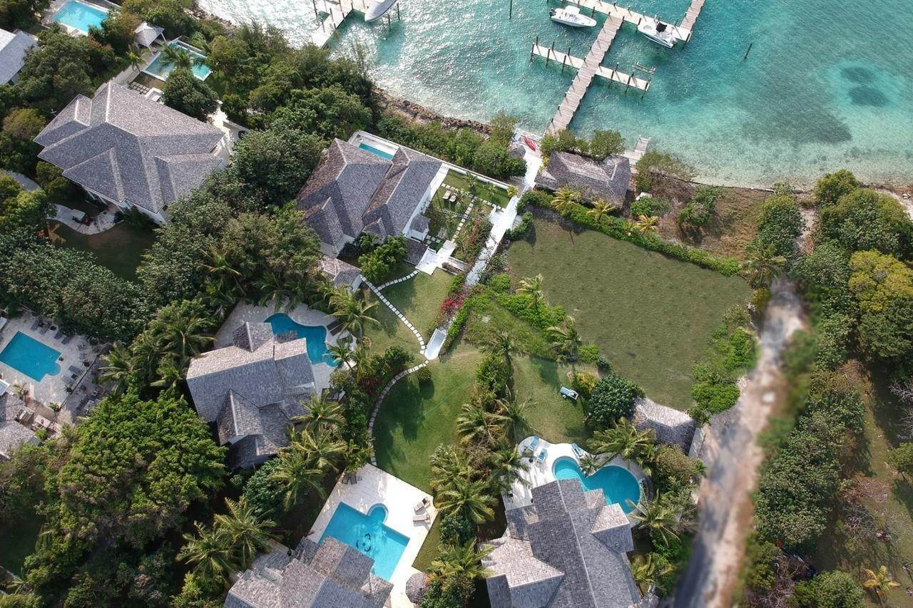 7. Single Family Homes for Sale at Harbour Lights Villa Harbour Island, Eleuthera, Bahamas