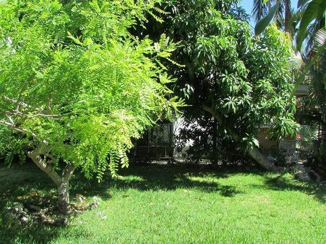 11. Multi Family for Rent at Spacious Unit West Bay Street, Nassau And Paradise Island, Bahamas