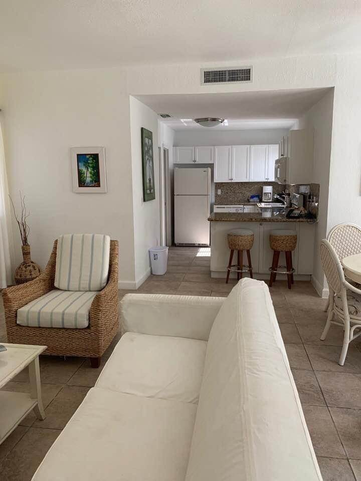 5. Co-op / Condo for Sale at Bimini Townhouse North Bimini, Bimini, Bahamas