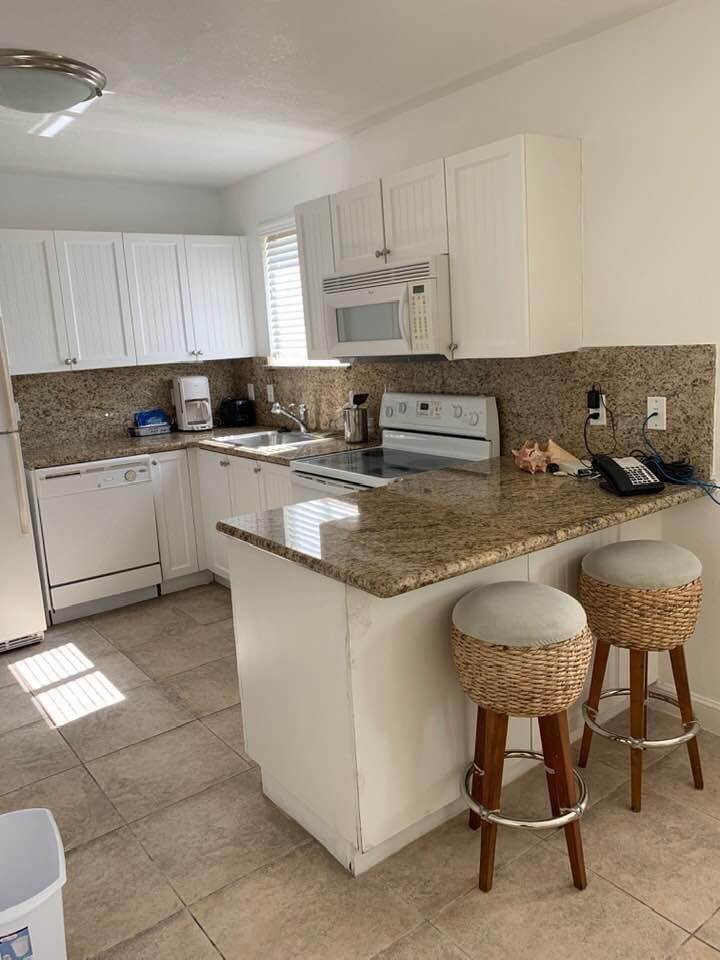 7. Co-op / Condo for Sale at Bimini Townhouse North Bimini, Bimini, Bahamas