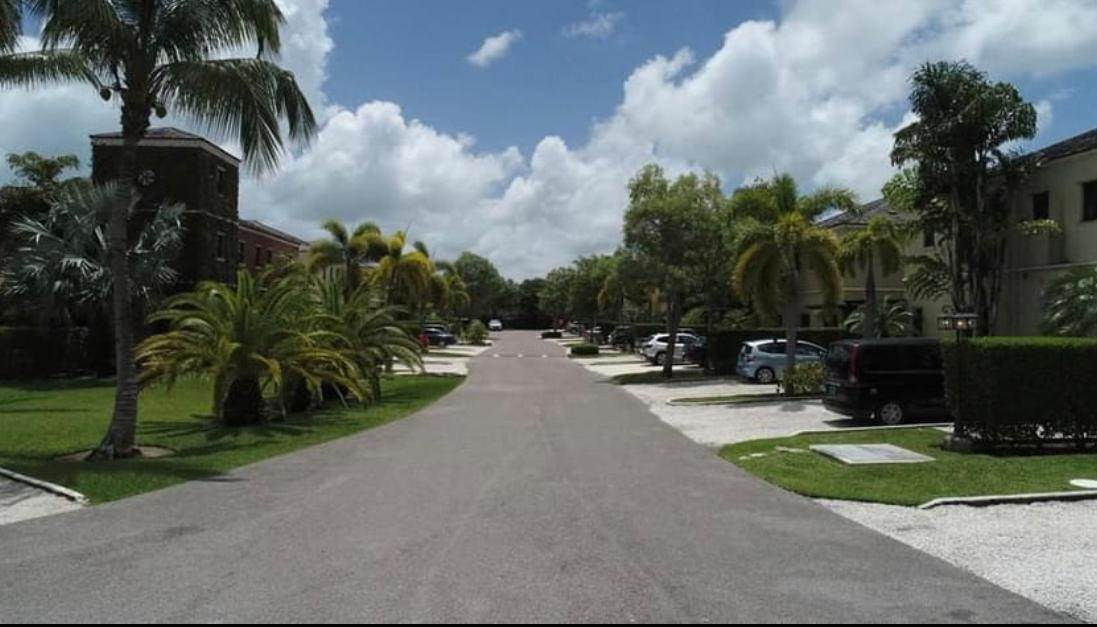 Single Family Homes for Sale at Charlotteville, Nassau And Paradise Island, Bahamas