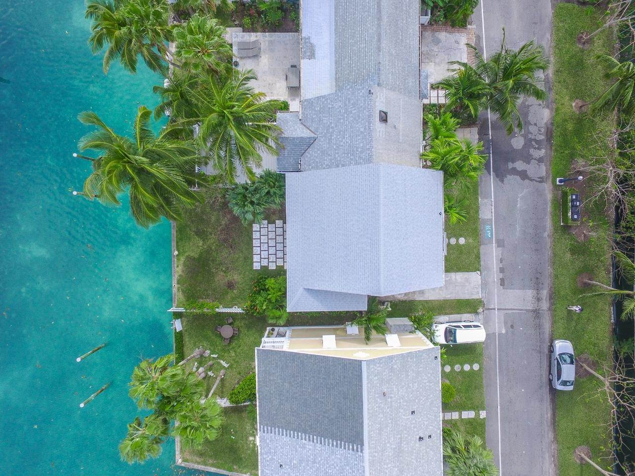 14. Single Family Homes for Rent at Sandyport, Cable Beach, Nassau And Paradise Island Bahamas