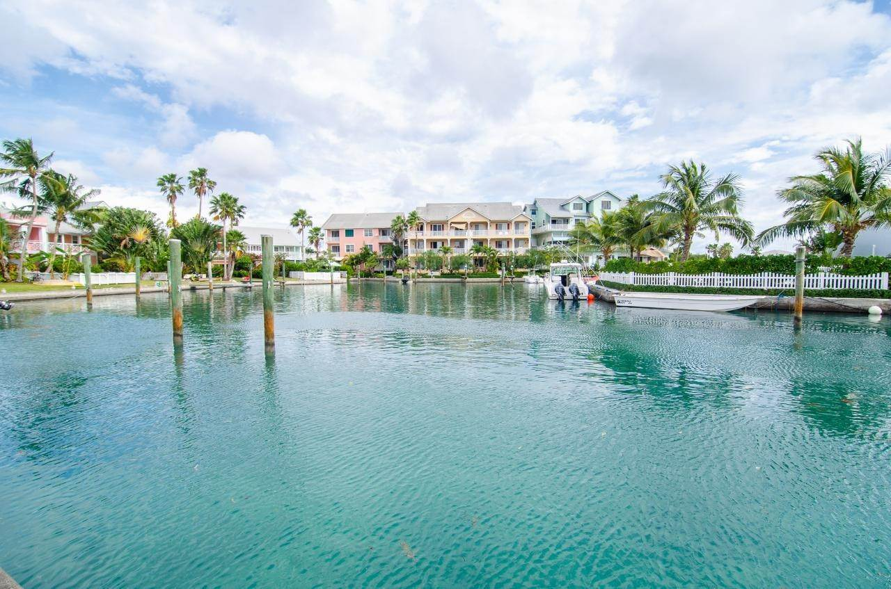 15. Single Family Homes for Rent at Sandyport, Cable Beach, Nassau And Paradise Island Bahamas