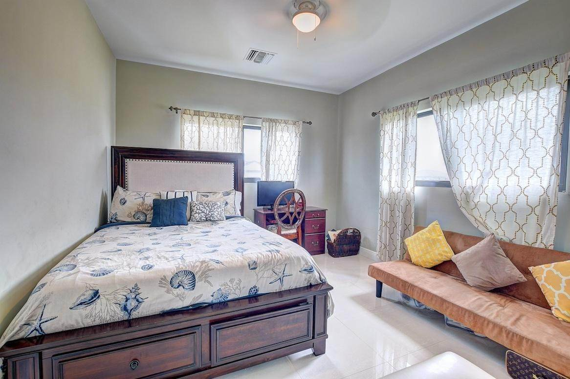 10. Co-op / Condo for Rent at West Bay Street, Nassau And Paradise Island, Bahamas
