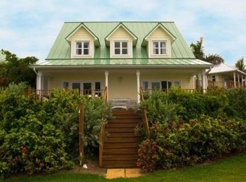 4. Single Family Homes for Rent at Fortune Beach, Freeport And Grand Bahama, Bahamas