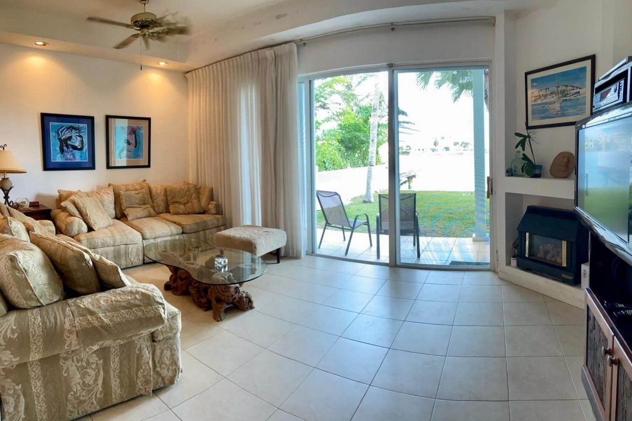 2. Single Family Homes for Rent at Sandyport, Cable Beach, Nassau And Paradise Island Bahamas
