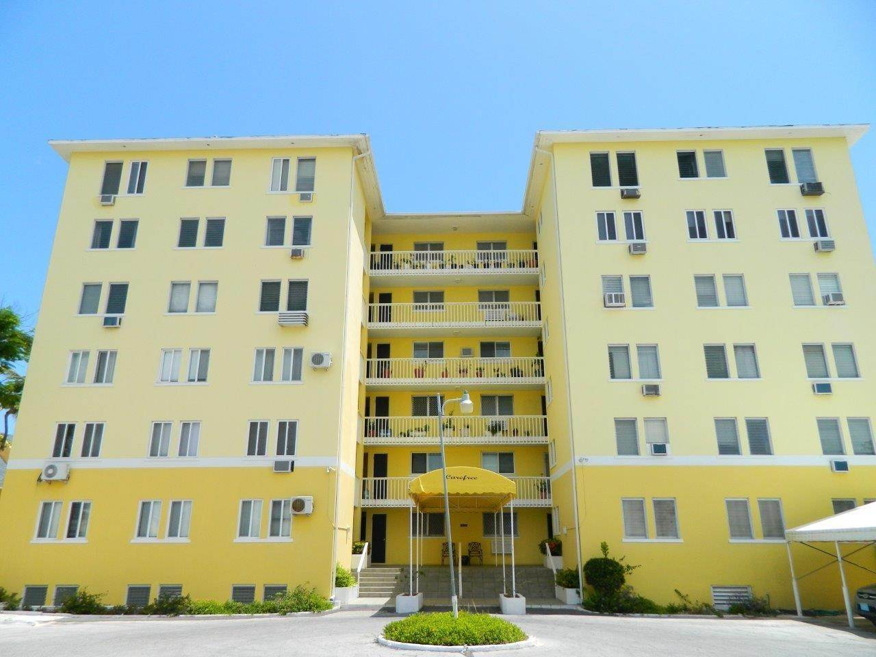 15. Co-op / Condo for Rent at Carefree Carefree, Cable Beach, Nassau And Paradise Island Bahamas