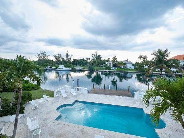 20. Single Family Homes for Rent at Poinciana House Lyford Cay, Nassau And Paradise Island, Bahamas
