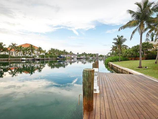 24. Single Family Homes for Rent at Poinciana House Lyford Cay, Nassau And Paradise Island, Bahamas