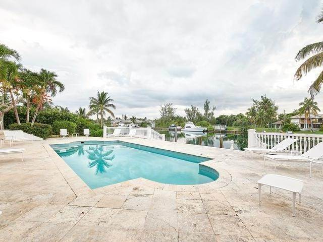 25. Single Family Homes for Rent at Poinciana House Lyford Cay, Nassau And Paradise Island, Bahamas