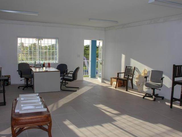 4. Building for Rent at Gladstone Road, Nassau And Paradise Island, Bahamas