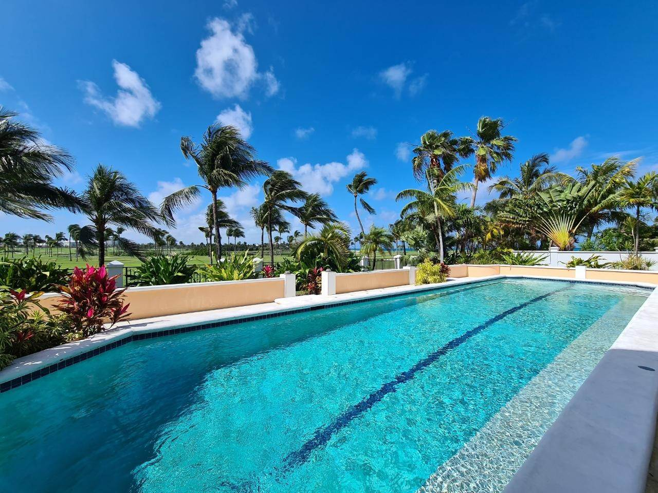 28. Single Family Homes for Rent at Kiva Casa Ocean Club Estates, Paradise Island, Nassau And Paradise Island Bahamas