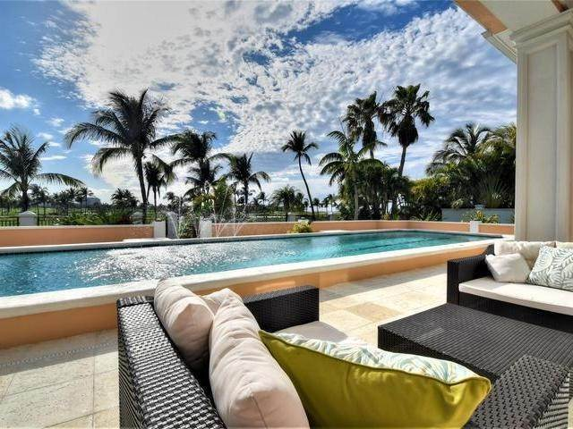 29. Single Family Homes for Rent at Kiva Casa Ocean Club Estates, Paradise Island, Nassau And Paradise Island Bahamas