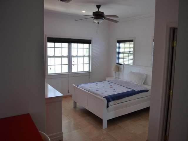 16. Single Family Homes por un Alquiler en Sandyport, Cable Beach, Nueva Providencia / Nassau Bahamas