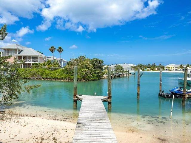 28. Single Family Homes for Sale at Sandyport, Cable Beach, Nassau And Paradise Island Bahamas