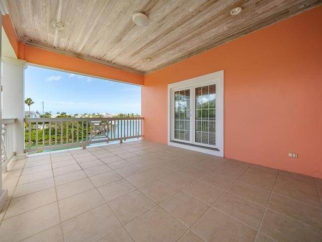 31. Single Family Homes for Sale at Sandyport, Cable Beach, Nassau And Paradise Island Bahamas