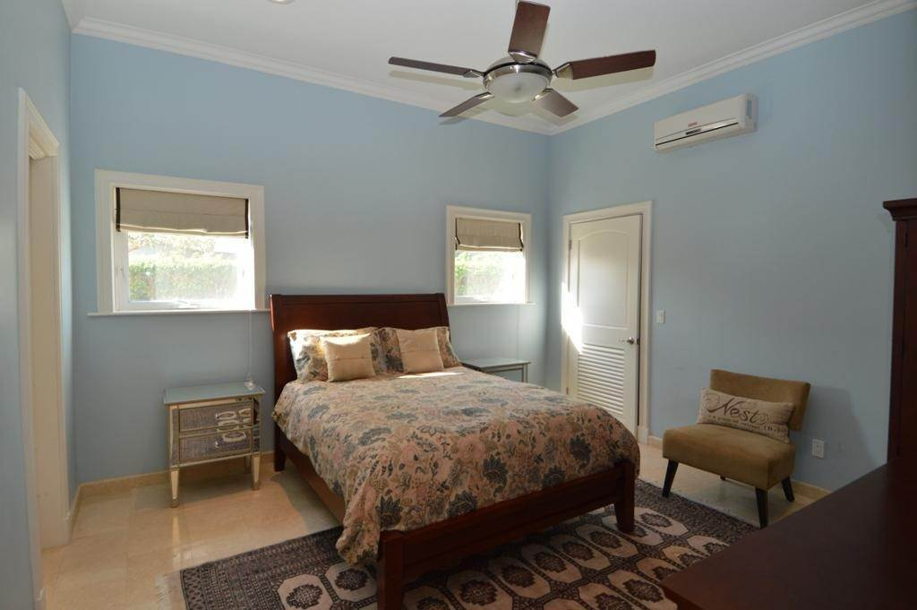 22. Single Family Homes por un Alquiler en 82 Sunset Drive Yamacraw, Nueva Providencia / Nassau, Bahamas