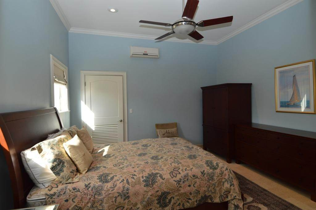 23. Single Family Homes por un Alquiler en 82 Sunset Drive Yamacraw, Nueva Providencia / Nassau, Bahamas
