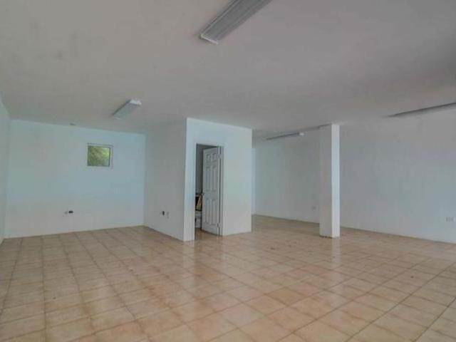 6. Building for Rent at Carmichael Road, Nassau And Paradise Island, Bahamas