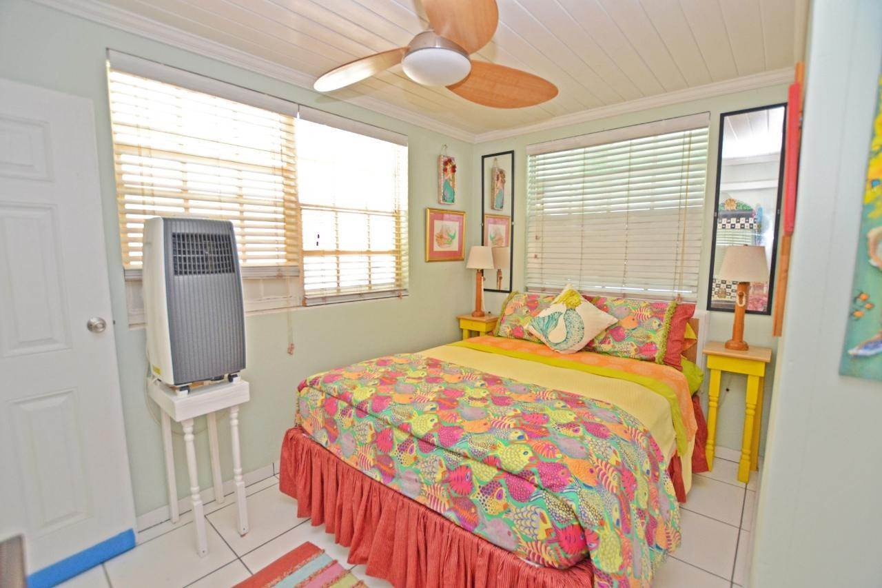 12. Single Family Homes for Sale at Sunny Daze Spanish Wells, Eleuthera, Bahamas