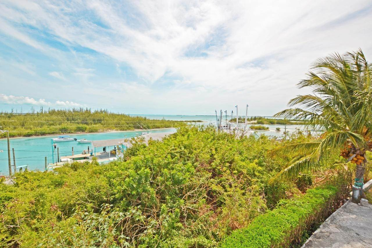 9. Single Family Homes for Sale at Sunny Daze Spanish Wells, Eleuthera, Bahamas