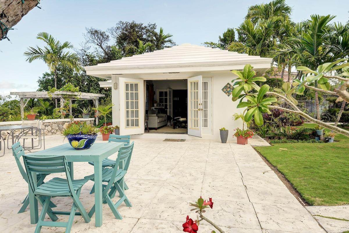 24. Single Family Homes for Sale at Eastern Road, Nassau And Paradise Island, Bahamas
