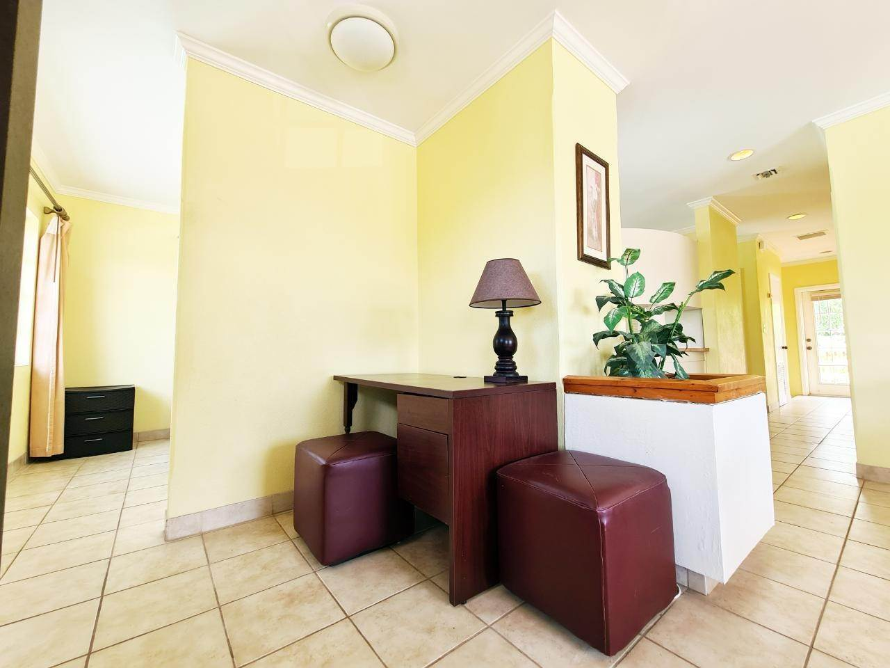 4. Co-op / Condo for Rent at West Bay Street, Nassau And Paradise Island, Bahamas
