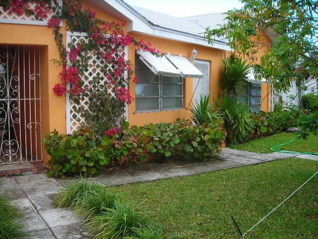 Multi Family for Rent at Short Term One Bedroom Rental In Cable Beach Cable Beach, Nassau And Paradise Island, Bahamas