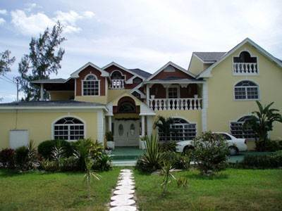 Single Family Homes for Rent at Charming House With Good Income Potential Nassau And Paradise Island, Bahamas