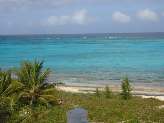 Co-op / Condominio por un Alquiler en Beachfront penthouse with pool in Love Beach Love Beach, Nueva Providencia / Nassau, Bahamas