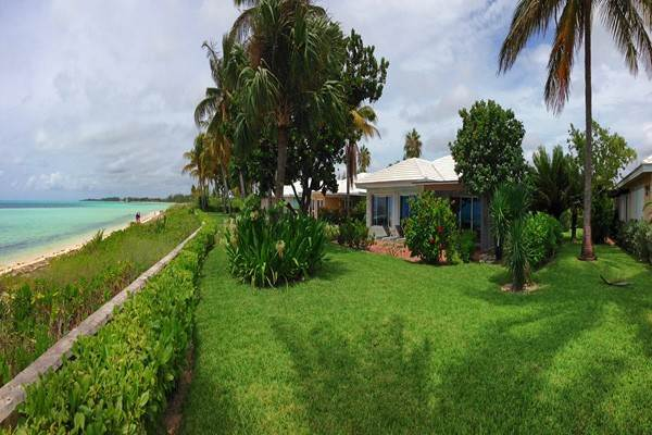 Single Family Homes for Rent at Discovery Bay Beachfront Villas Discovery Bay, Freeport And Grand Bahama, Bahamas