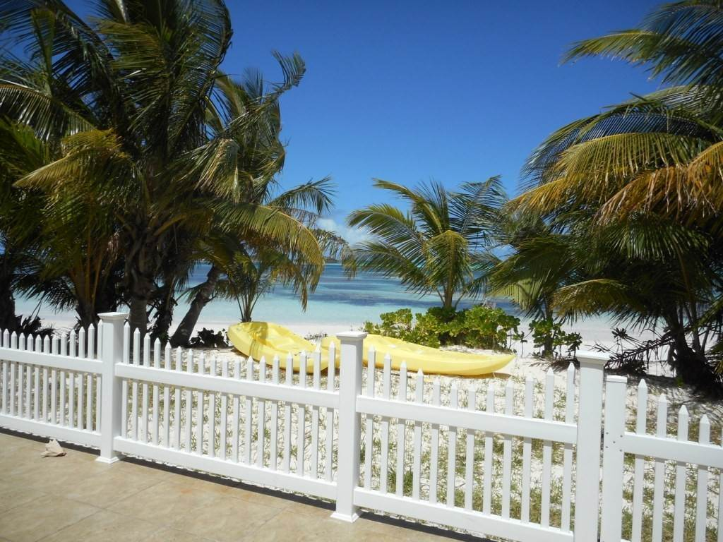 Single Family Homes for Rent at Spanish Wells Beach House Spanish Wells, Eleuthera, Bahamas