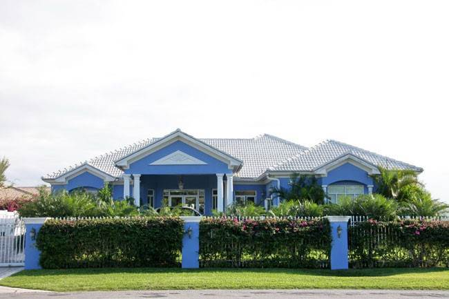 Single Family Homes for Sale at Beautifully Built Home On Canal Bahamia, Freeport And Grand Bahama, Bahamas
