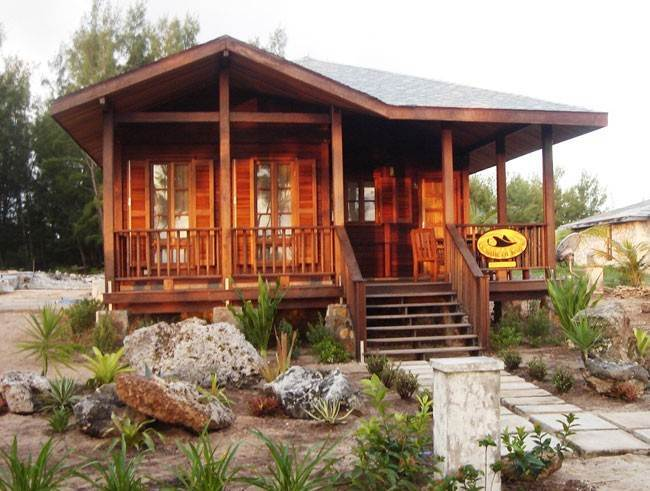 Single Family Homes for Sale at Southern Rays Sunrise Bungalow Whale Point, Eleuthera, Bahamas