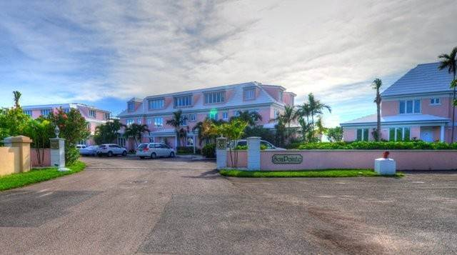 Co-op / Condo for Sale at Lovely Condo Port New Providence, Yamacraw, Nassau And Paradise Island Bahamas