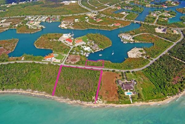 Terreno por un Venta en Outstanding Ocean to Canal Land in Prime Location Ready for Development with NO PROPERTY TAXES! Bell Channel, Lucaya, Gran Bahama Freeport Bahamas