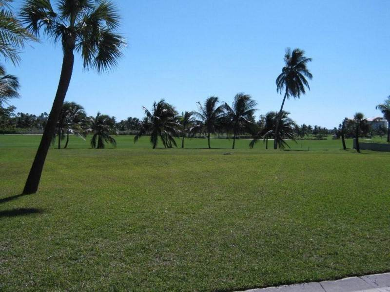 Land for Sale at Ocean Club Estate Golf Course Lot #13 Ocean Club Estates, Paradise Island, Nassau And Paradise Island Bahamas