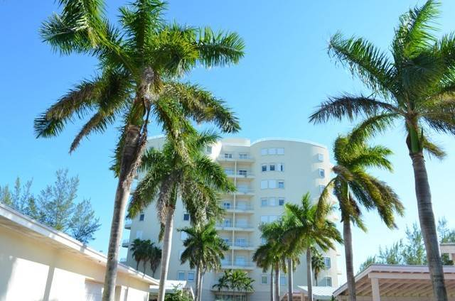 Co-op / Condo for Sale at Oceanview Condo on the 6th floor Lucayan Beach West, Freeport And Grand Bahama, Bahamas
