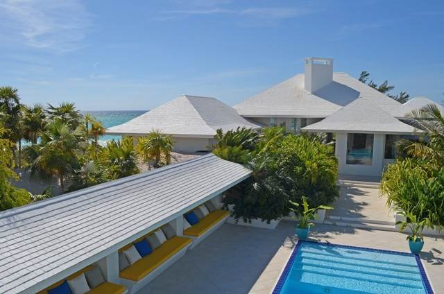Single Family Homes por un Venta en 'Far Horizons' A 4 acre beachfront Estate on Windermere Island Windermere Island, Eleuthera, Bahamas