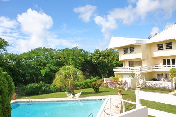 Co-op / Condo for Sale at Charming and Delightful 3 bedroom Condo just steps from the beach! Lucayan Beach West, Freeport And Grand Bahama, Bahamas