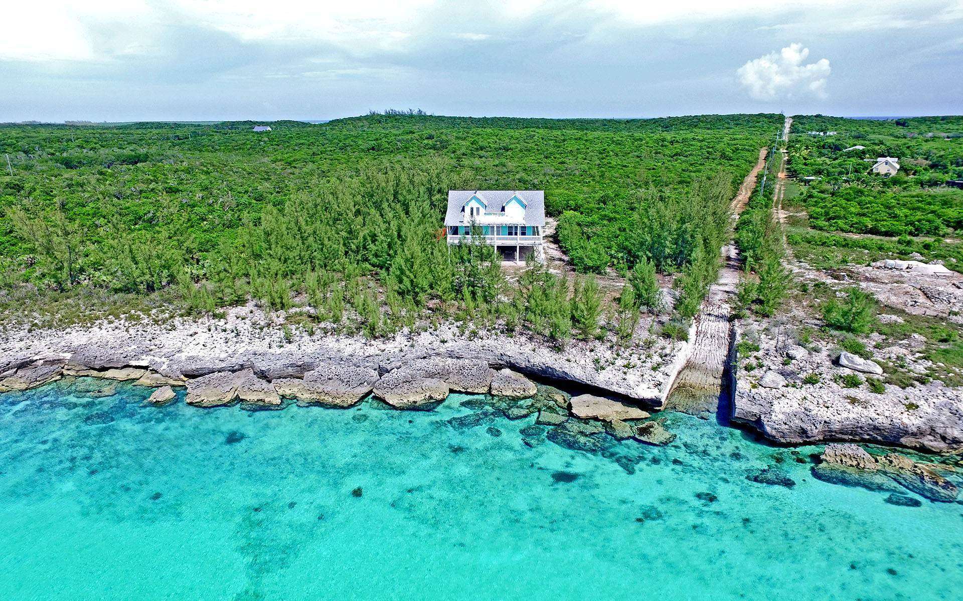 Single Family Homes por un Venta en Luna Sea, Waterfront Island Home, Savannah Sound - MLS 28624 Savannah Sound, Eleuthera, Bahamas
