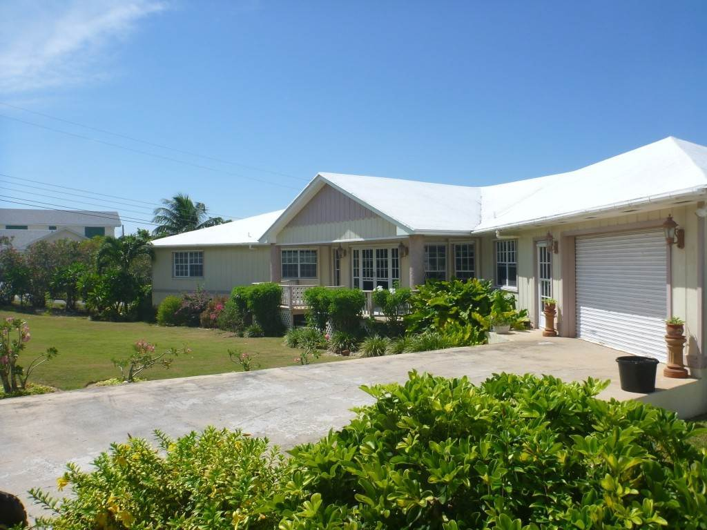 Single Family Homes for Sale at Russell Island Home with water view Russell Island, Eleuthera, Bahamas